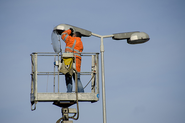report a streetlight issue